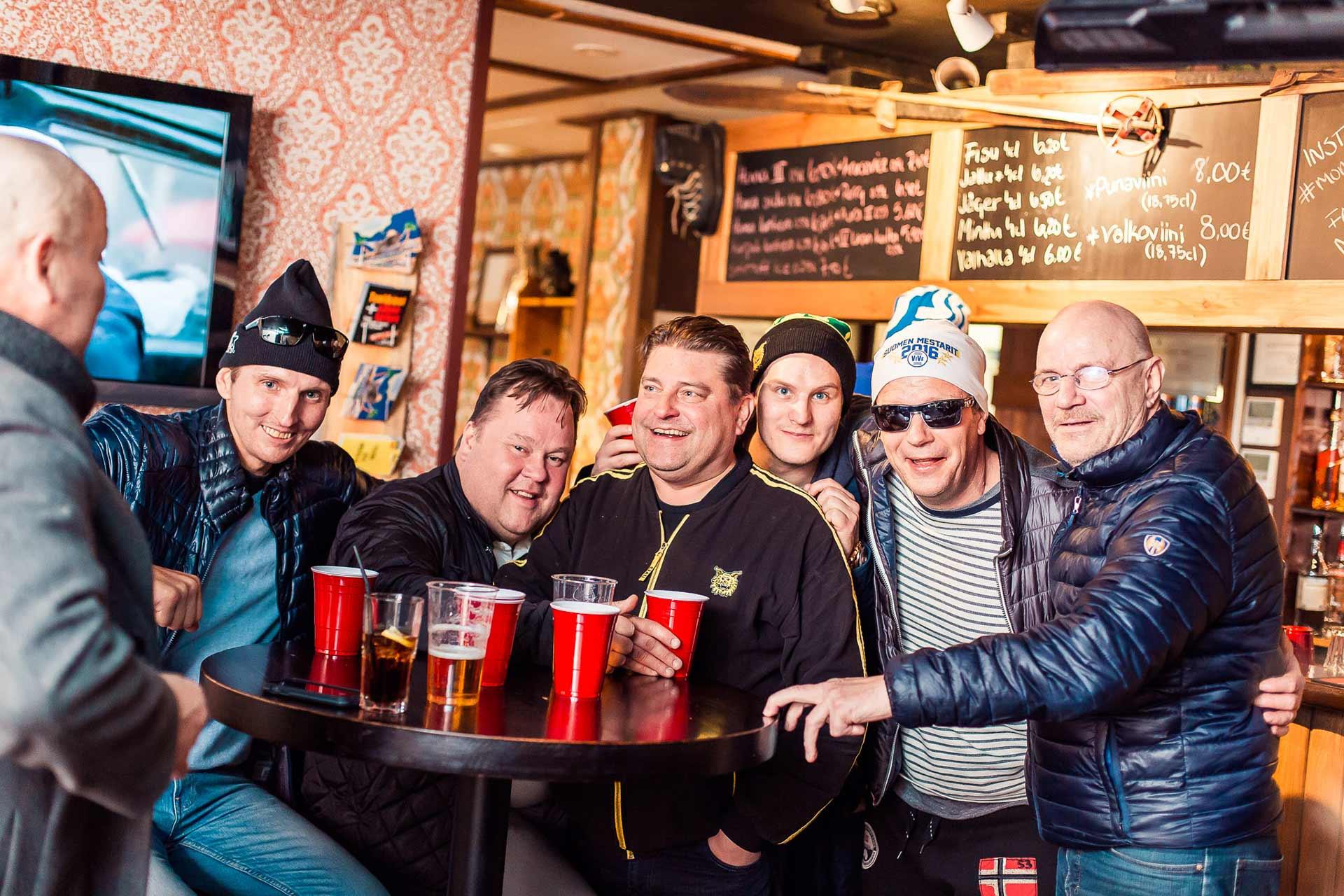 Mono pub Himos