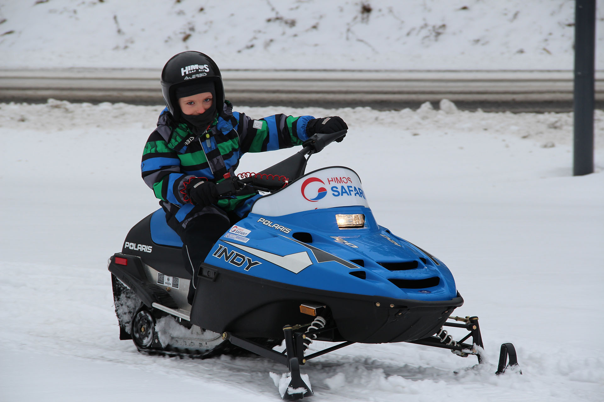 Children's snowmobile rental